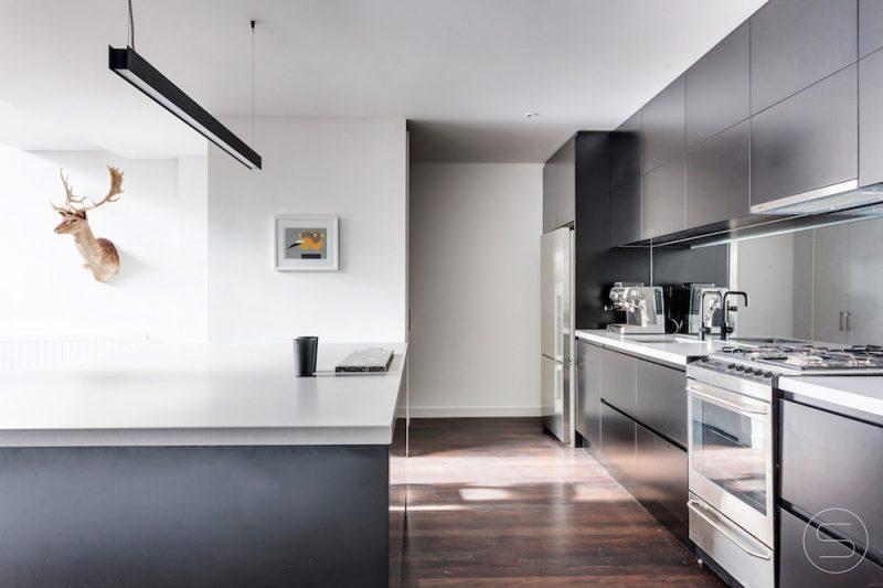 Black-Kitchen-Interior-and-Furniture-Design-By-Spinzi-Melbourne